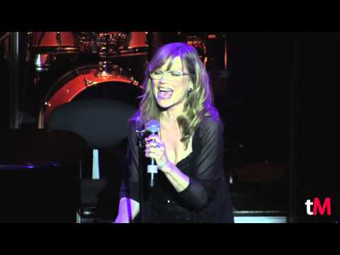 "Mone sings ""Mai no t'oblidaré"" (I Remember) @ 'Scott Alan: Barcelona & Friends' - May 11th, 2015"