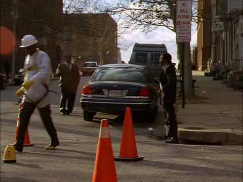 The Wire S04E05 - Bunk dancing to Lester