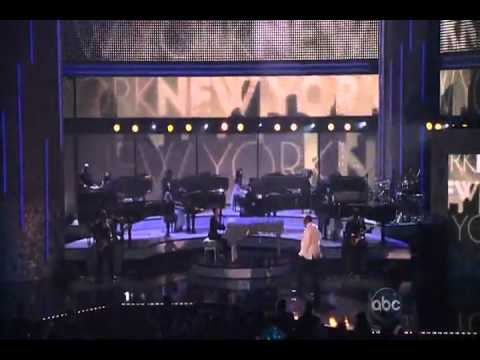 Alicia Keys featuring Jay-Z - New York Empire state of mind - Live @ AMA 2009.