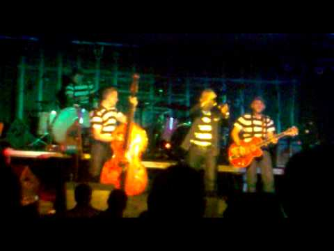 The Prison Band-All shook up.(Jail House Rock Show 2011)