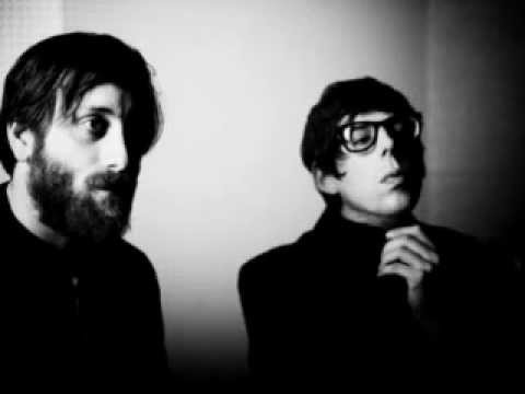The Black Keys - Everlasting Light (iTunes Session Version)