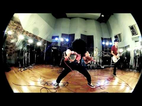 ONE OK ROCK - NO SCARED [Official Music Video]